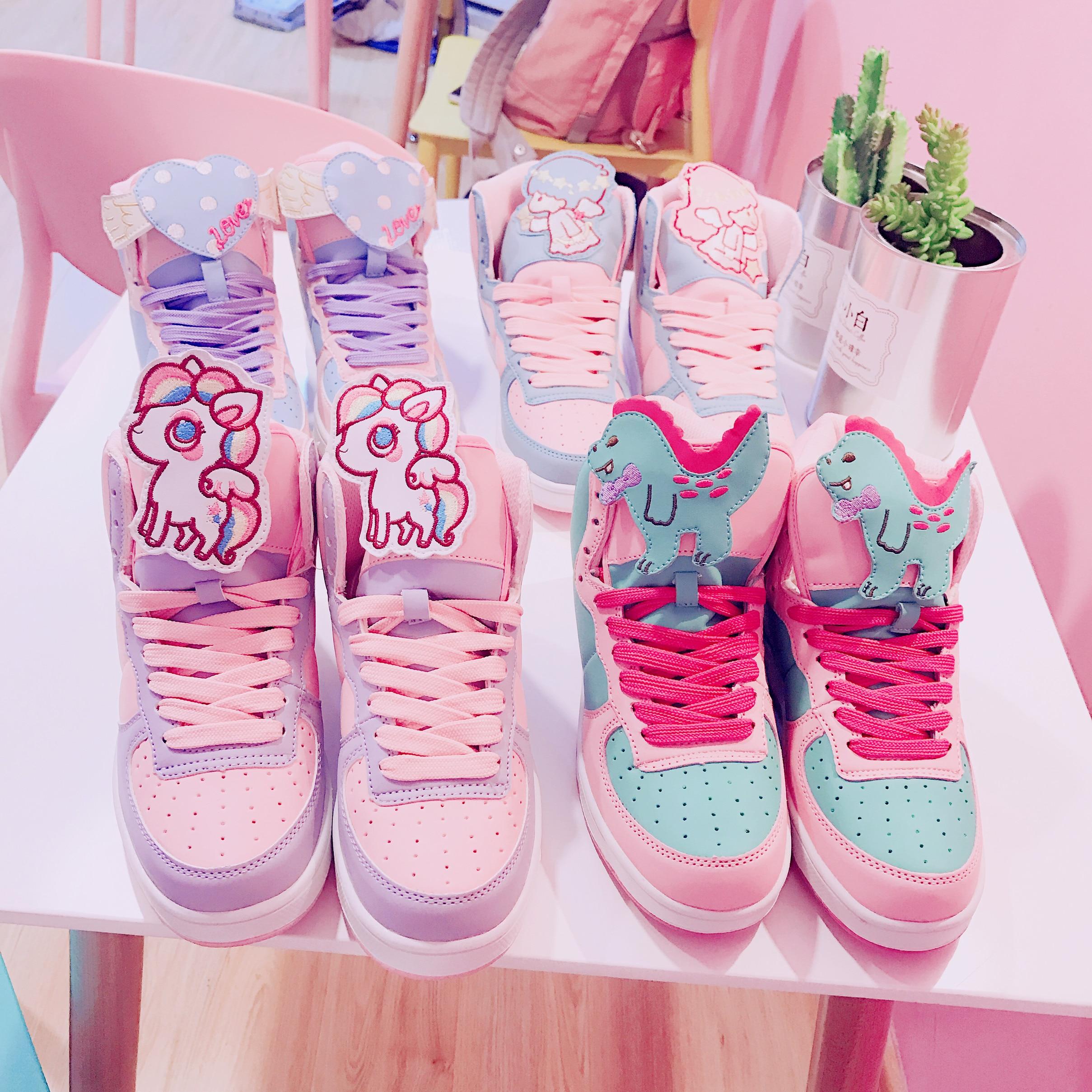 حذاء تأثيري ياباني ناعم لوليتا للنساء ، كعب مسطح ورأس دائري ، ألوان متنوعة ، نمط كاواي لولي كوسبلاي