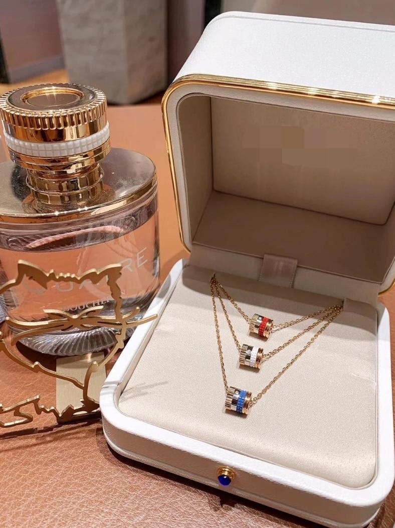 Ожерелье-из-серебра-925-пробы-с-маленьким-драконом-и-бриллиантами