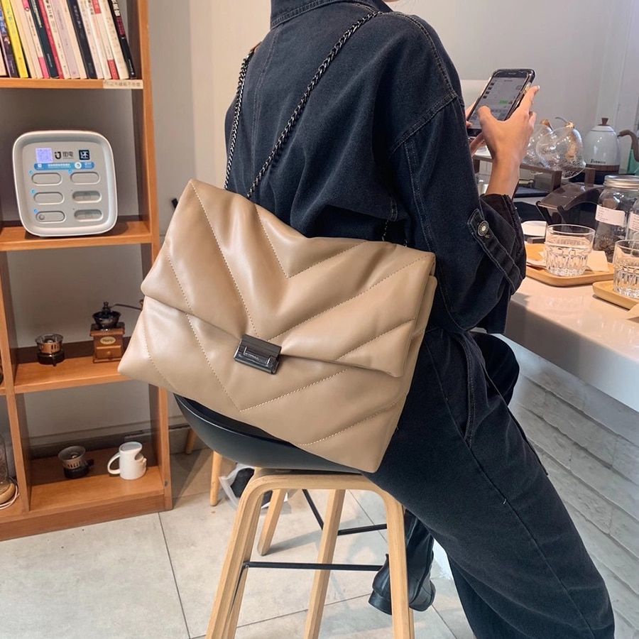 Big Chain Tote Women Shoulder Bag Fashion Large Capacity Messenger Bags for Women 2020 Solid Color Crossbody Bag Women's Bags