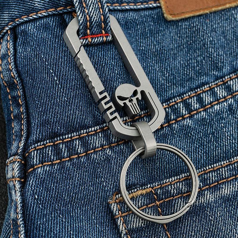 في الهواء الطلق EDC سبائك التيتانيوم الجمجمة مشبك حلقة تسلق المفاتيح هوك متعددة الوظائف المسافر مفتاح مشبك حلقي