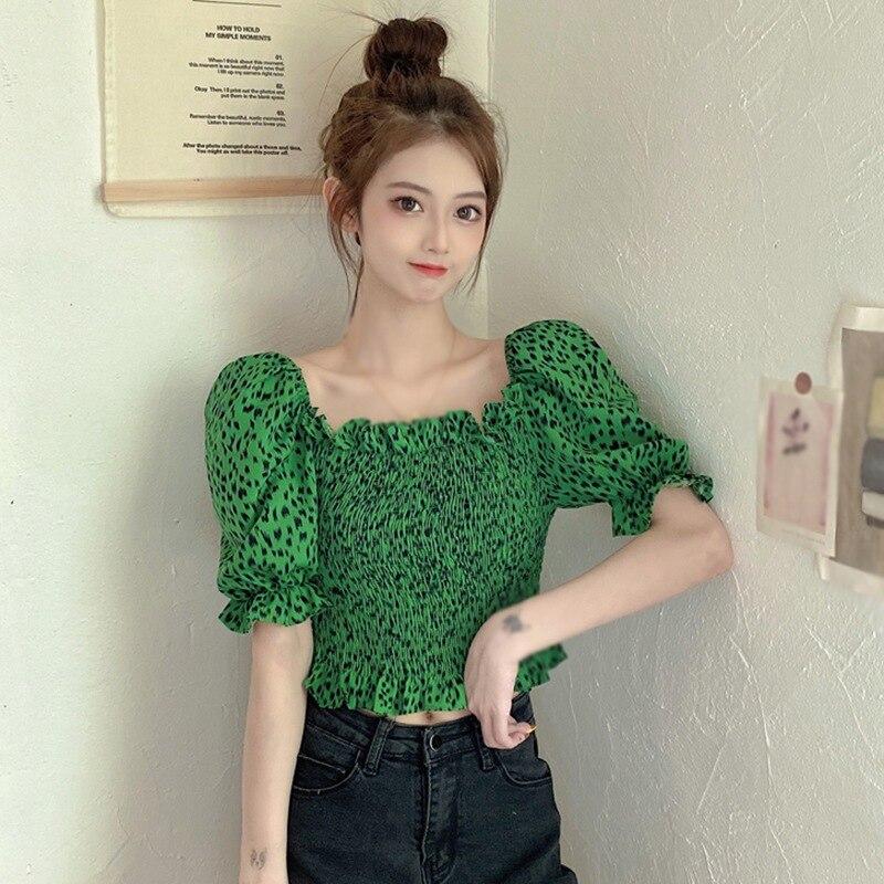 Фото - Женская блузка с коротким рукавом и квадратным вырезом, летняя блузка со складками в Корейском стиле тенсельная блузка со стиркой