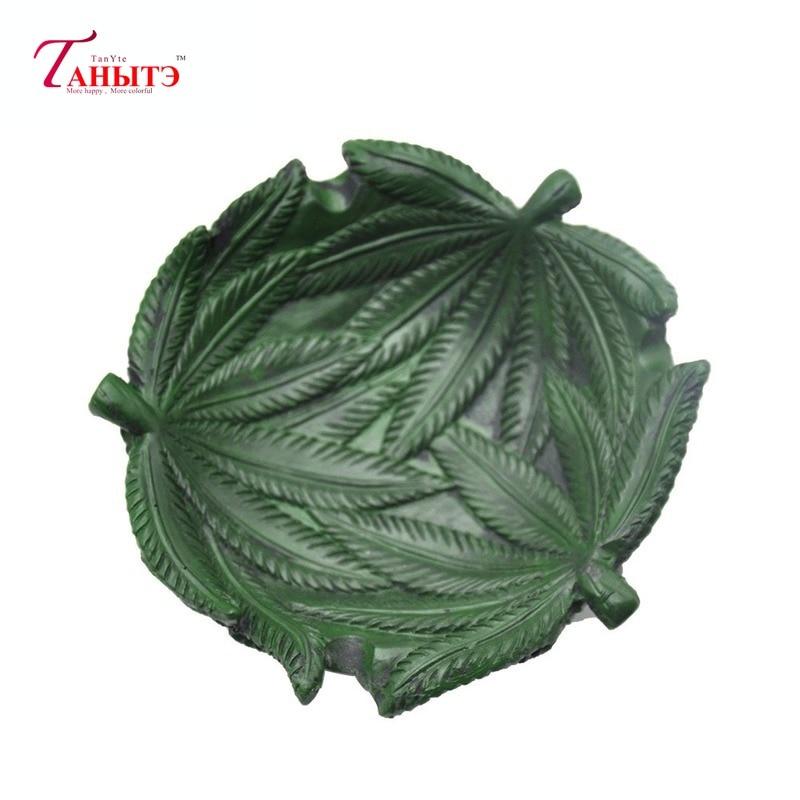 10Pcs/lot Resin Ashtray Lovely Cartoon Green Marijuana Leaf Shape AshTray Home Office Decorative Creative Smoking Accessories enlarge