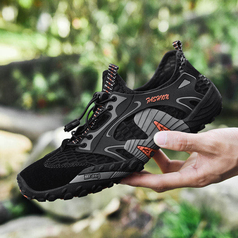 2020 Summer Breathable Men Hiking Shoes Suede + Mesh Outdoor Men Sneakers Climbing Shoes Men Sport Shoes Quick-dry Water Shoes