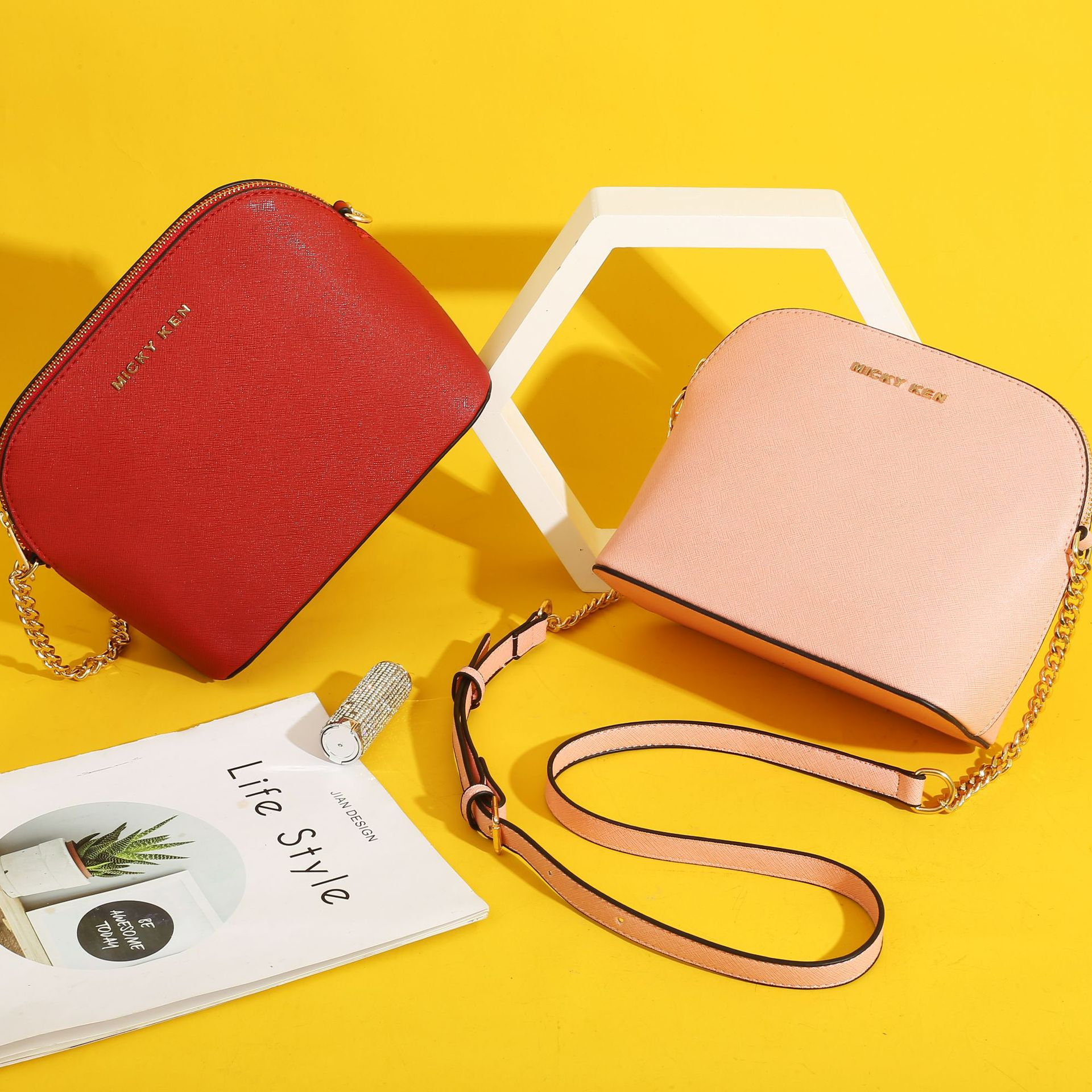Metal Letter Women Small Square Bag Ladies Car Line Fashion Handbag Retro Shoulder Bags Messenger Shell Bag Mobile Phone Packet