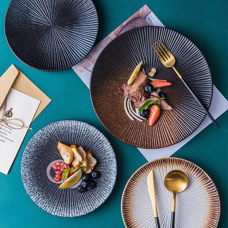طبق عشاء ستيك مخطط ، قاع مسطح دائري ، سيراميك ، أطباق سوشي غربية