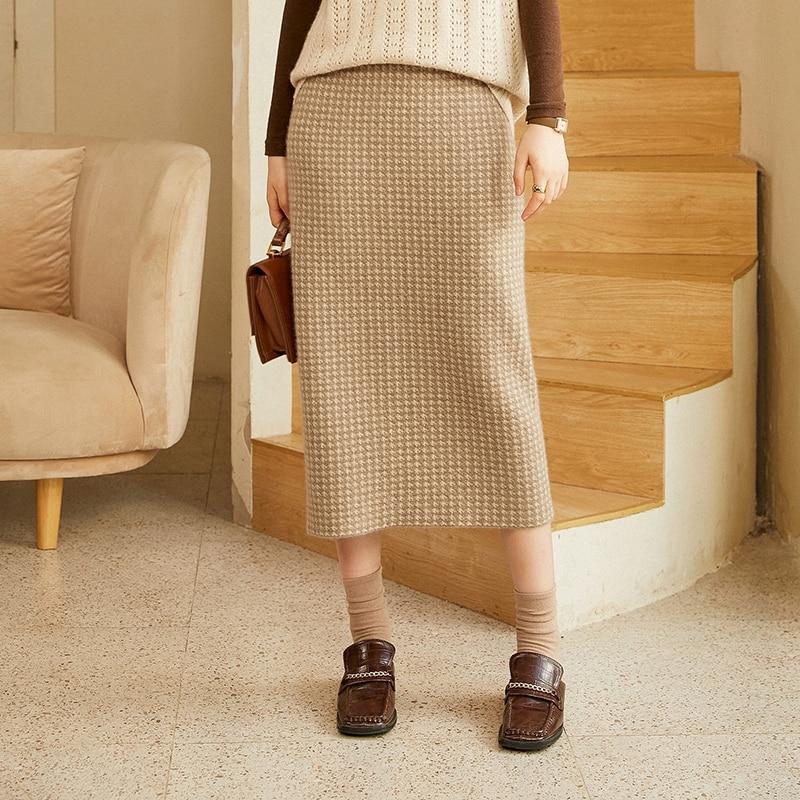 Houndstooth plaid skirt half-length skirt female mid-length 2021 autumn and winter new high-waist knitted bag hip skirt female o