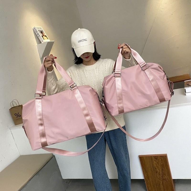 Fashion Large Travel Bag Women Cabin Tote Bag Handbag Nylon Waterproof Shoulder Bag Women Weekend Gym Bag Female