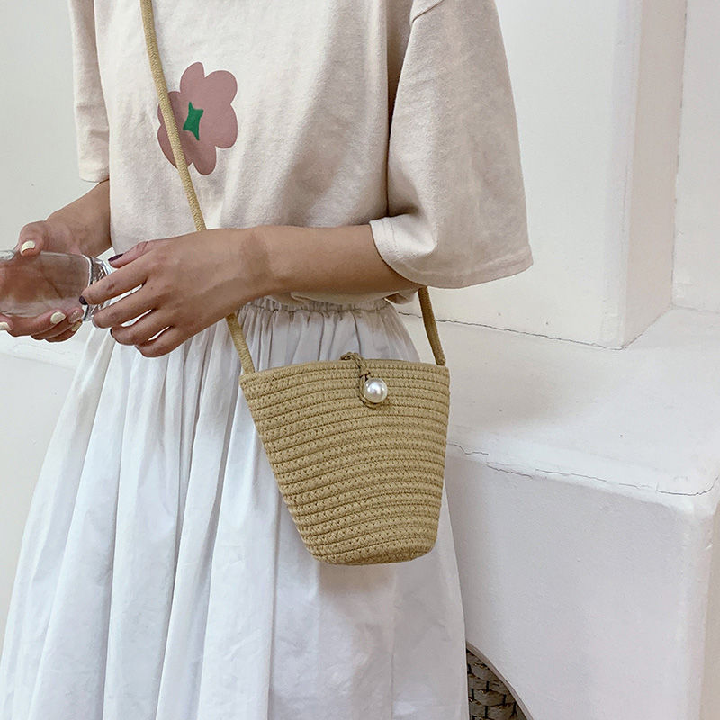 Classic Woven Bucket Bag for Women Leisure Straw Bag Summer Ladies Shoulder Bag Pearl Buckle Crossbody Bag