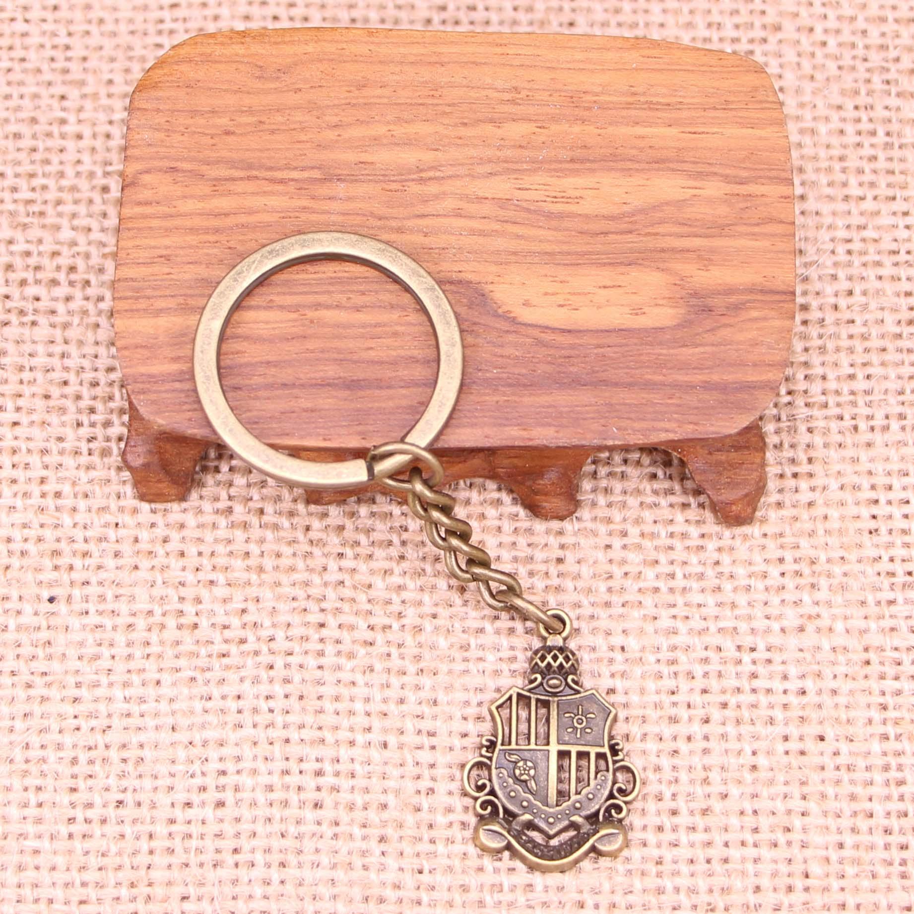 20 piezas nuevo llavero de moda 28x19mm colgantes de medalla joyería DIY para hombre llavero de coche anillo sostenedor de recuerdo para regalo