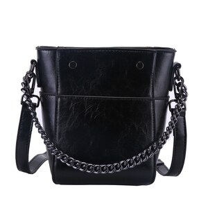 2020 New Women's Handbags Fashion Simple Bucket Bag Chain Shoulder Bags PU Leather Classic Crossbody bag Travel Messenger Bags.