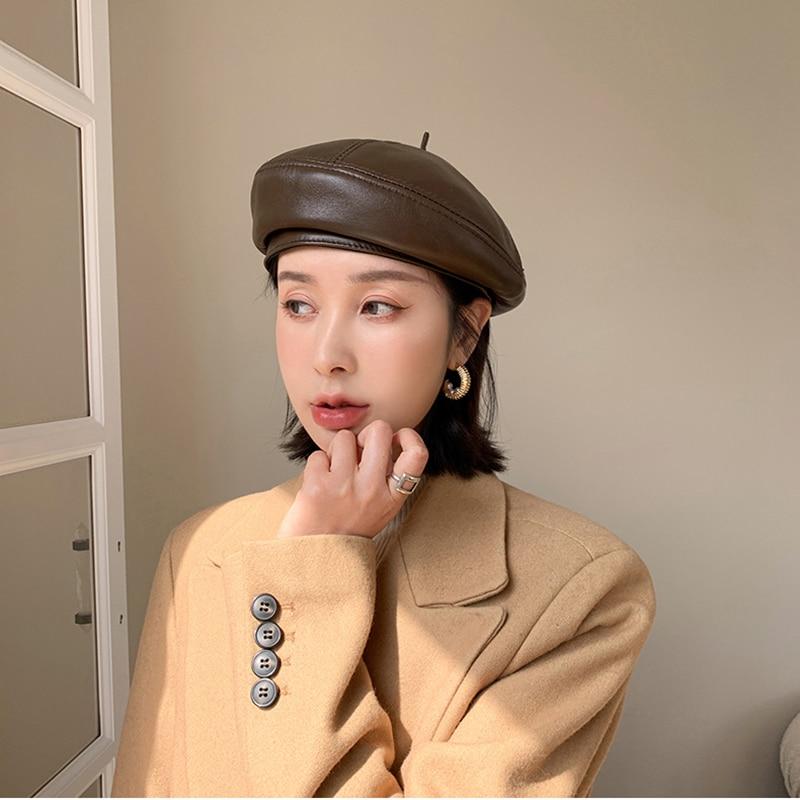 2021 موضة النساء عالية الجودة من الجلد الحقيقي مثمنة قبعات موزع الصحف قبعة خمر بونيه قبعة نمط الرجعية جلد الغنم قبعة رعاة البقر