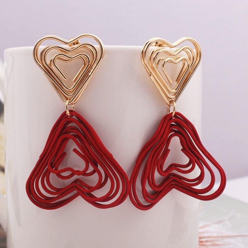 Nuevo estilo corazón rojo pendientes para las mujeres oro pintura en Spray de Color pendientes de Metal exagerado joyería de fiesta de regalo de Navidad