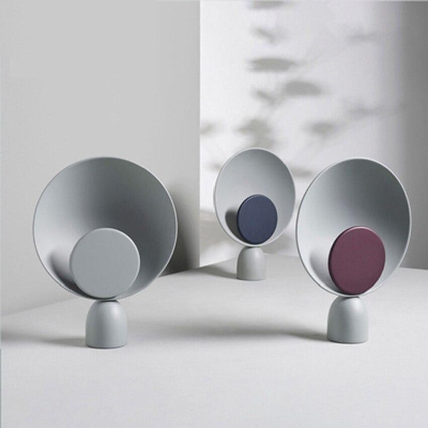 Luces de mesa redonda de Arte de hierro nórdico LED postmoderno Bar mostrador lámpara de sala de estar dormitorio mesita de noche decoración lámpara de estudio accesorios de luz