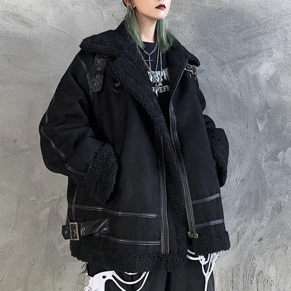 معطف شتوي حريمي 2021 على الطراز القوطي البانك معطف أسود بجيب كبير الحجم نمط BF ملابس شارع نسائية قديمة ملابس هاراجوكو أنيقة خارجية جديدة