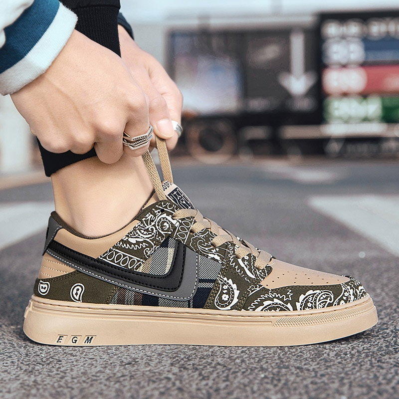 New trendy brand high-top men's shoes Korean version of the explosion of wild simple and comfortable