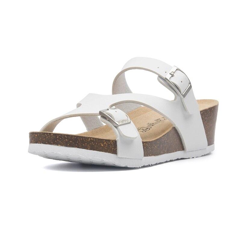 2020 nouveau été femmes couleur mixte plage diapositives boucle liège pantoufle plates-formes sandales découpes chaussures mode pantoufles décontractées rouge
