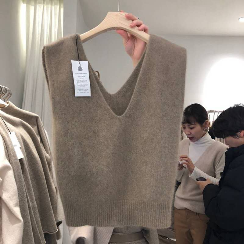 New Fashion Vest Ladies Knitted Autumn Winter Cashmere Sweater Women Sleeveless V-Neck Pullover Kore
