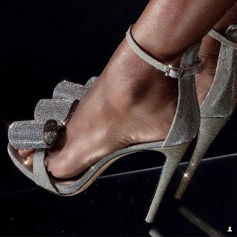Sandalias con diamantes de imitación de verano de 2019, sandalias plateadas con nudo en forma de mariposa para mujer