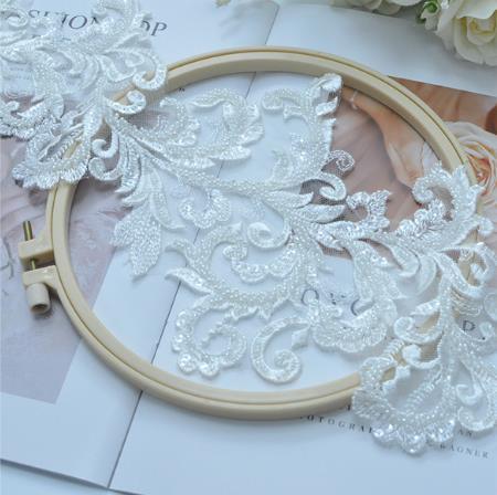 Новинка, ручная работа, белые свадебные аксессуары для одежды, Украшенные бусинами, с кружевом, 1 ярд/упаковка