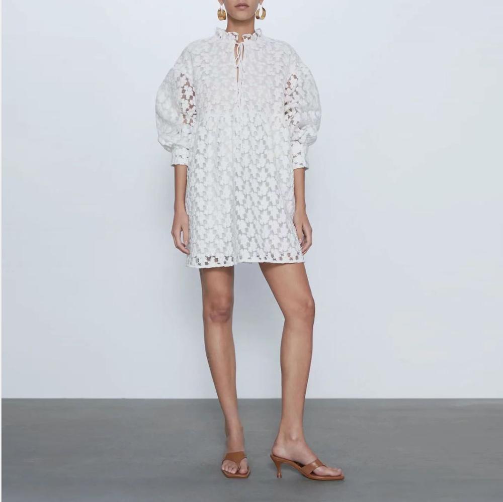Nuevo vestido de verano para mujer, vestido blanco elegante bordado semi transparente, moda casual, elegante traje para dama ete femme 2020