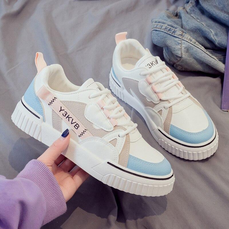 2021 جديد الكورية امرأة الشقق الرياضة في الهواء الطلق موضة تنفس الإناث أحذية مفلكنة أحذية مشي غير رسمية امرأة أحذية رياضية