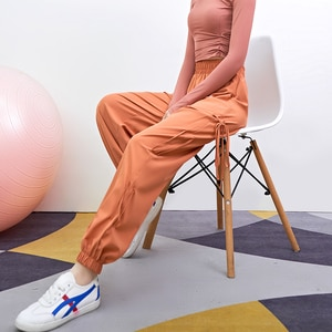 Women's leggings sports pants loose and thin, long legs, outer wear casual pants ins wild harem pants new spring