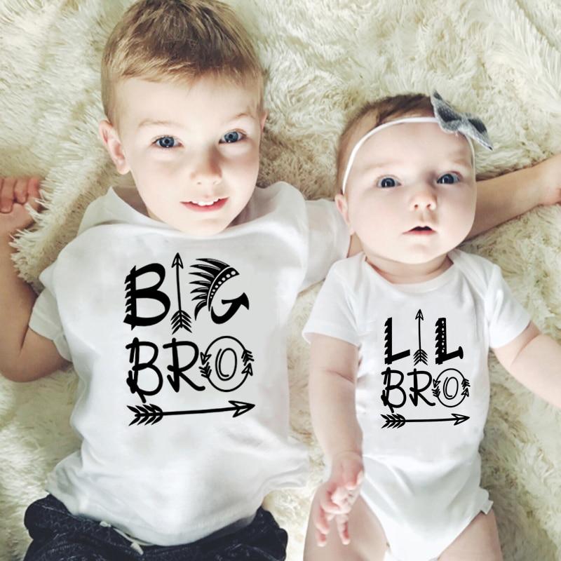 Хлопковый комбинезон для новорожденных; Футболка для маленьких мальчиков с рисунком «Маленький Брат»; Одинаковая одежда для всей семьи; Одежда для братьев и сестер