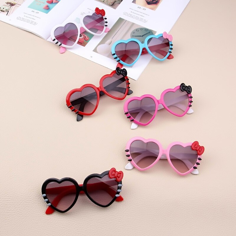 Cute Kids Heart Sunglasses Lovely Baby Glasses for Boys and Girls Children Sunglasses Shades for Chi