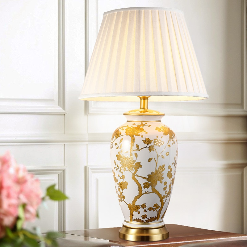 النحاس الجدول مصباح النمط الأمريكي لغرفة المعيشة Jingdezhen السيراميك مصباح أباجورة غرفة نوم فاخرة زينت led مصابيح