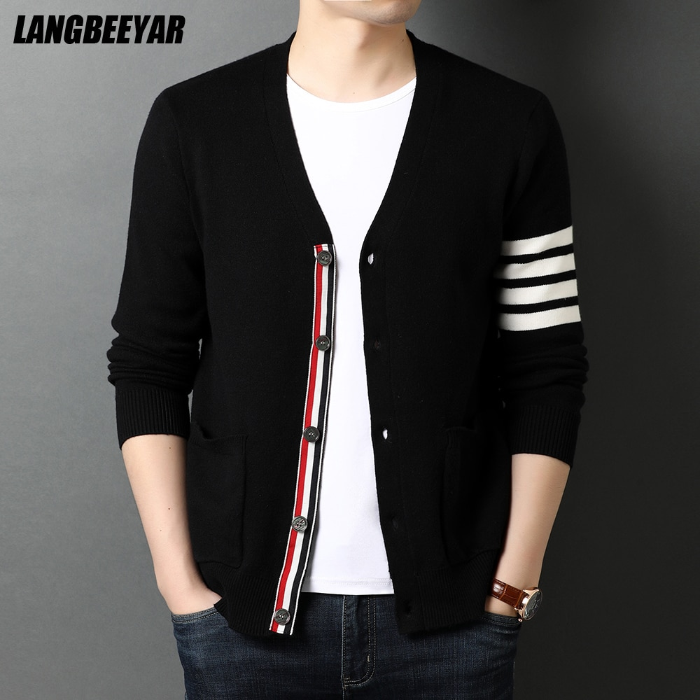 Top Grade New Autum Winter Brand Fashion Knitted Men Cardigan Sweater Black Korean Casual Coats Jacket Mens Clothing 2021