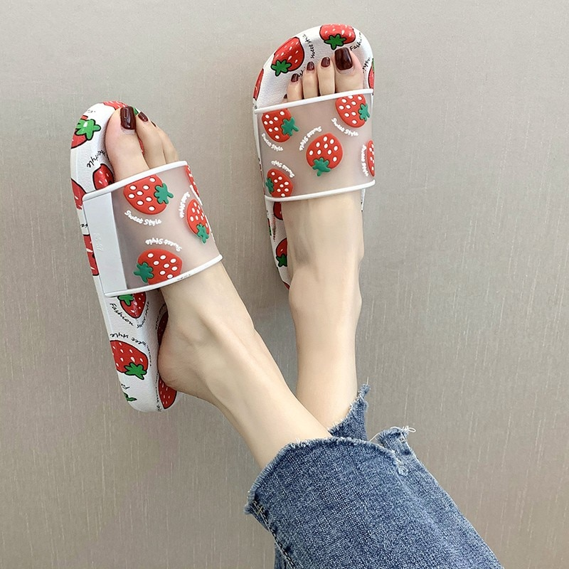 2020 Novo Verão Chinelos Das Mulheres Dos Desenhos Animados Fruta Morango Abacaxi Pêssego Menina Sandálias De Praia Casa De Banho Antiderrapante Sapatos Planos Chinelos Aliexpress