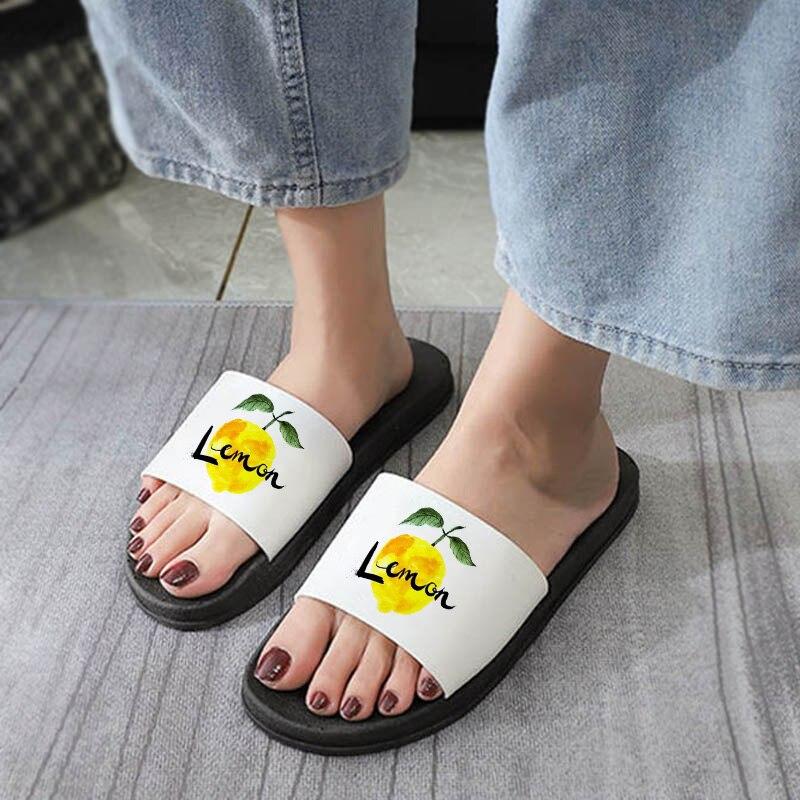 2021 Women Slippers Home Soft Shoes Ladies Flat Bottom Sandals Women Indoor Bathroom Anti-slip Floor
