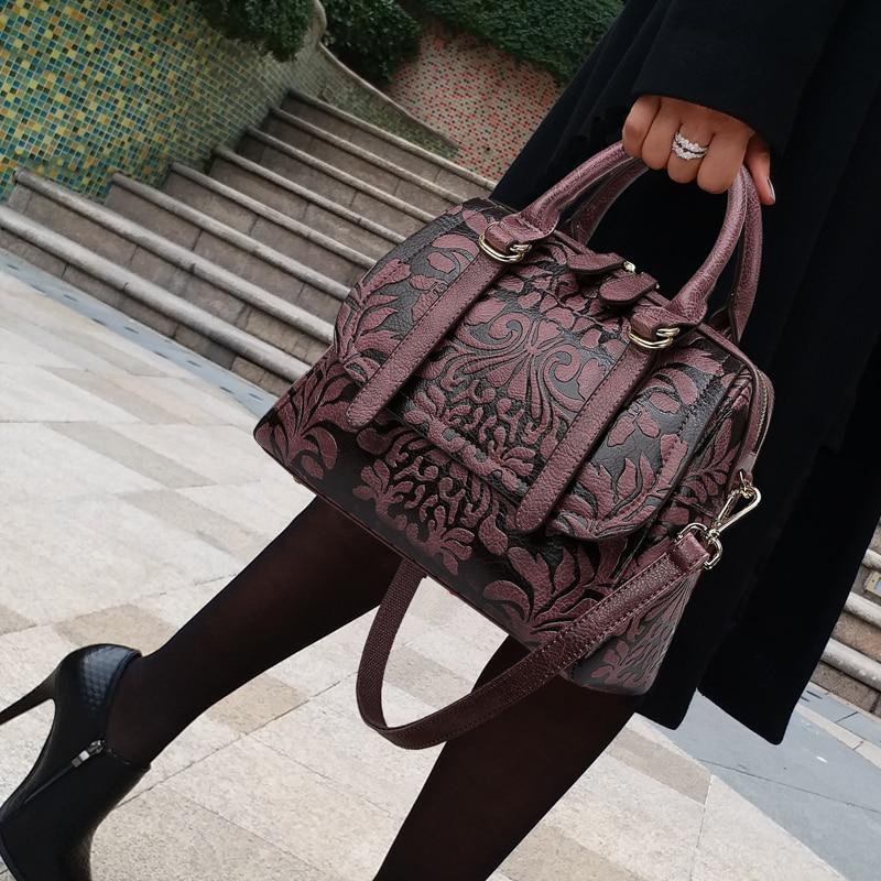 حقائب يد ذات سعة كبيرة للنساء ، حقيبة كتف ذات علامة تجارية ، عصرية