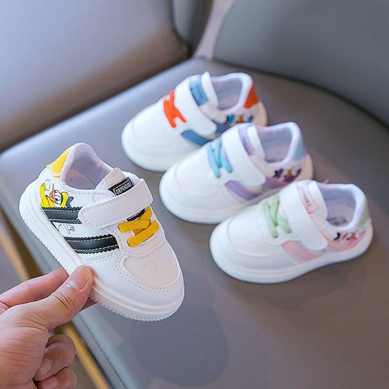 2021 модные новые бренды Disney, детская повседневная обувь, спортивные кроссовки для бега, мультяшный стиль, всесезонные, для младенцев, для тен...