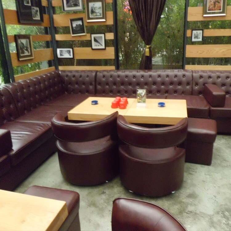 مطعم مخصص أريكة تصميم عصري للنادي الليلي بار