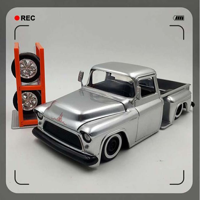 124 modelo de coche de alta simulación Chevrolet de aleación, modelo de coche clásico de aleación, neumáticos desmontables, envío gratis