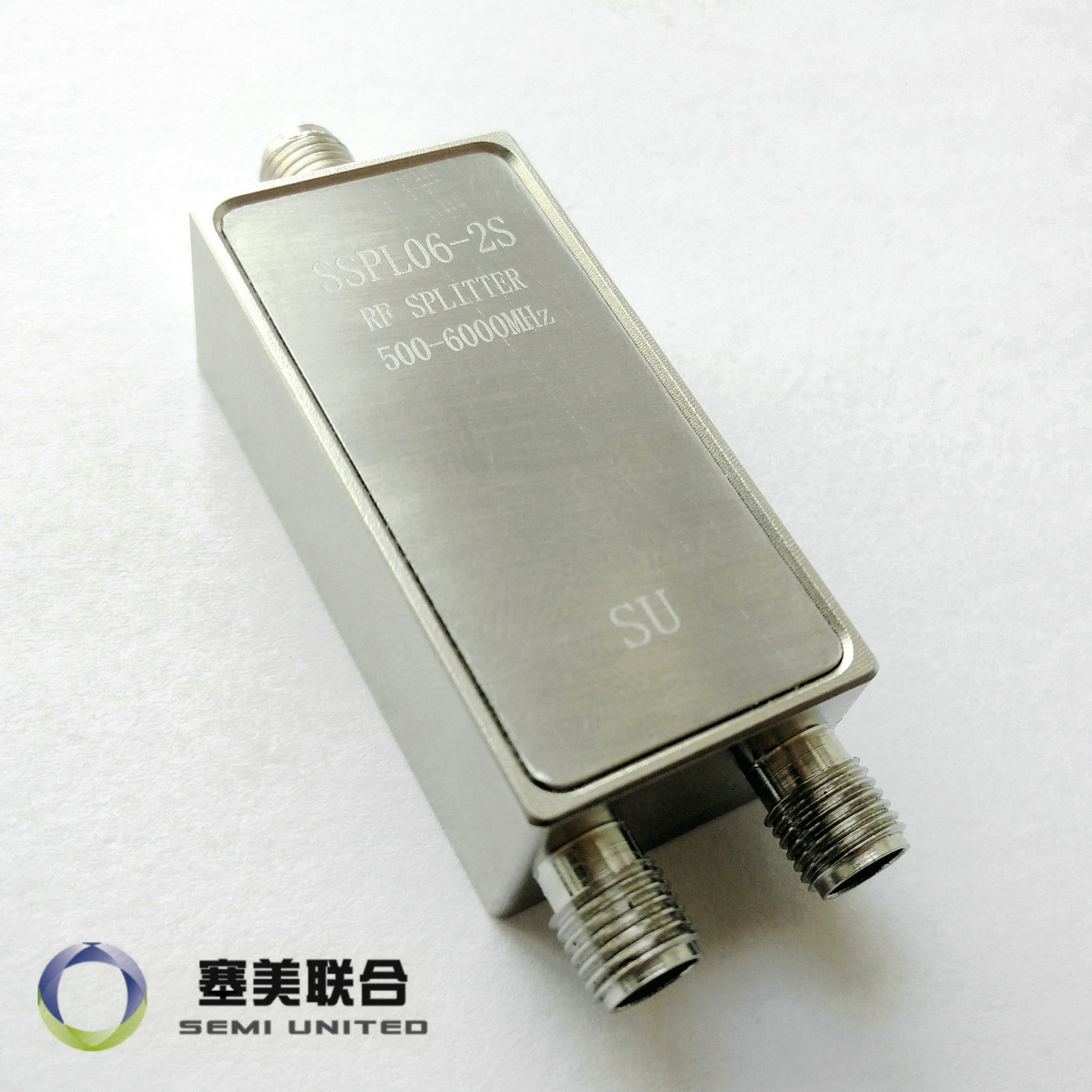 SSPL06-2S 0.5-6G8G GSM نظام تحديد المواقع واي فاي SMA اثنين مُقسم القدرة الكهربية ل 0120A02056002D