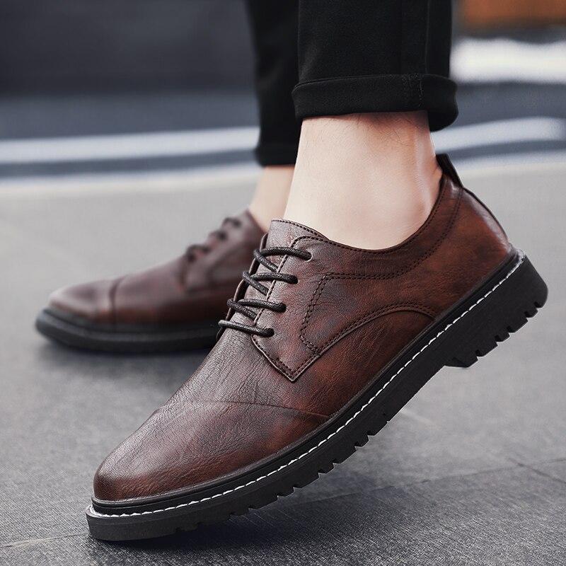 أحذية رياضية جلدية حذاء بدون كعب الذكور الأحذية في الهواء الطلق الساخن رجل حذاء رياضة السببية للرجال masculino شقة بيع رجالي الموضة الفاخرة