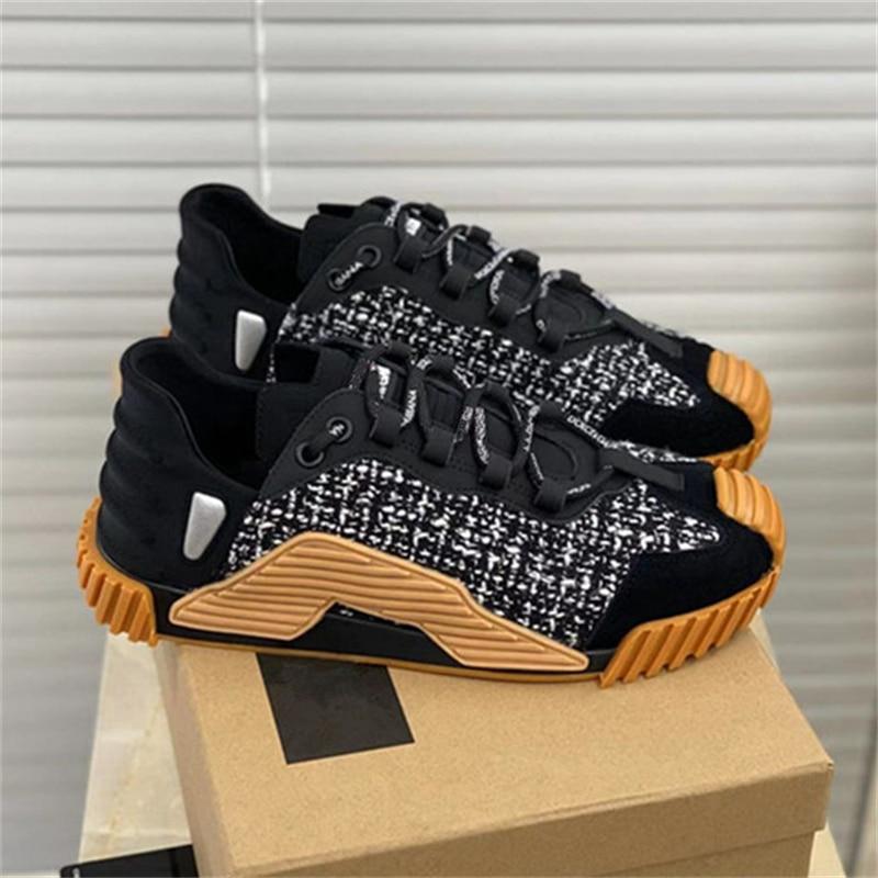 2021 Top quality Outdoor Jogging Men Running Shoes Outdoor Athletic Women Running Shoes Breathable ComfortableSuper Light Sne
