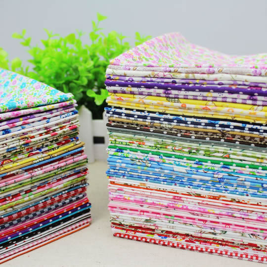 50 uds, 22x20cm, tela de almazuela fina aleatoria de algodón dobby, Serie de flores de tela, colcha con abalorios, paquete de costura