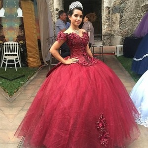 Elegant vestidos de 15 años Burgundy Quinceanera Dresses with Bow 3D Floral Appliques Beads Sweet 16 Party Gowns Pageant Dress