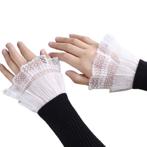 1 Pair Korean Women Girls Fake Flared Sleeves Lace Pleated Ruched False Cuffs