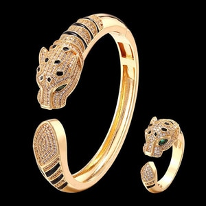 Zlxgirl Black Enamel Leopard Ladies Hand Bangles with Full Cubic Zircon Copper Material Bracelet and Ring Sets for Ladies