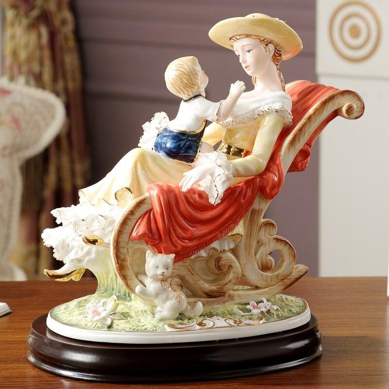 الأوروبي السيراميك الشكل الدافئة الأم الطفل الحلي تأثيث المنزل غرف معيشة التماثيل الحرف التماثيل طاولة مكتبية الديكور