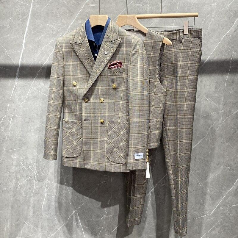 Plyesxale جديد وصول مزدوجة الصدر دعوى الرجال عالية الجودة رجالي منقوشة الدعاوى الزفاف ثلاث قطع مرحلة ملابس العريس Q658