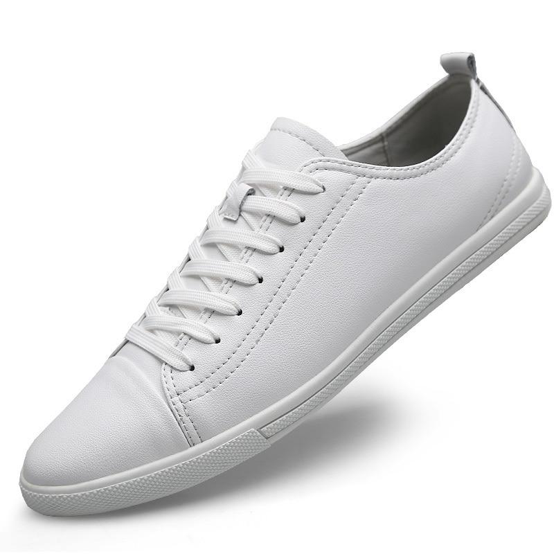 حذاء رياضي جلد رجالي ، حذاء كاجوال مسطح ، أبيض ، مقاس كبير ، موضة 2019