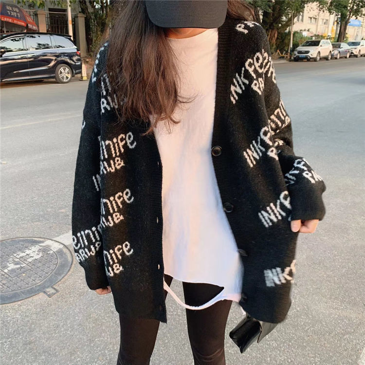 Net red sweater coat women's autumn and winter 2020 loose and lazy wind long letter BF fashion knitted cardigan enlarge