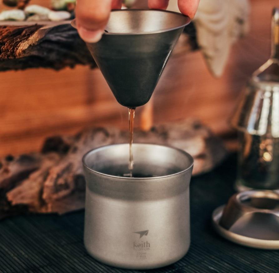 Mini cafetera y tetera de titanio Keith Ti3911