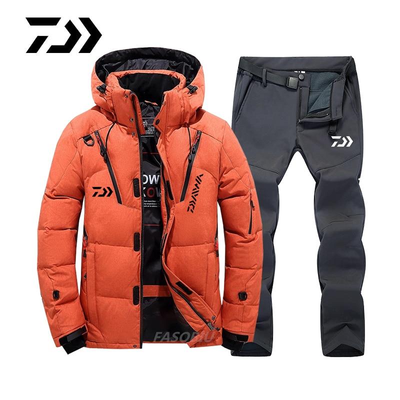 Daiwa Fishing Suit Men's Outdoor Fishing Clothes Winter Plush Thickened Warm Mountaineering Skiing Fishing Jacket Waterproof enlarge