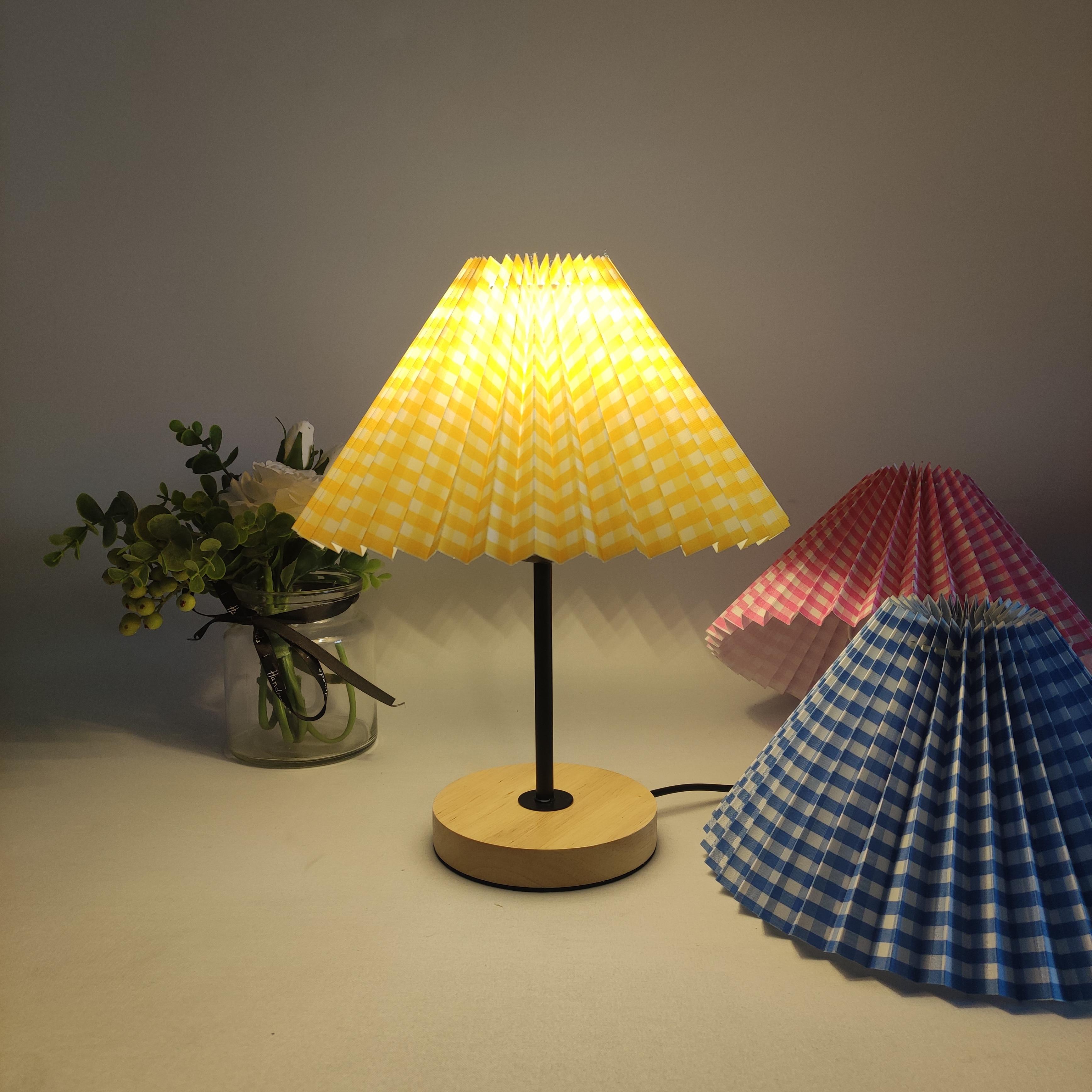 Xianfan Korean style black straight pole wooden base lattice cloth retro lampshade Table Lamp for bedroom tiffany night lights enlarge